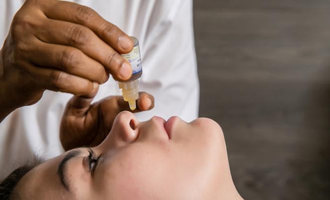Pratimarsa nasyam procedure   Ayurveda Clinic Bansko
