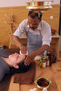 Ayurveda Clinique Bansko oil therapy