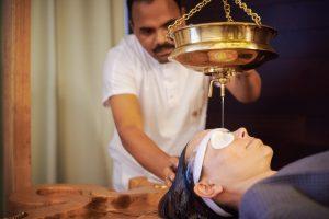 """""""Shirodara"""" procedure   Ayurveda Clinic Bansko"""